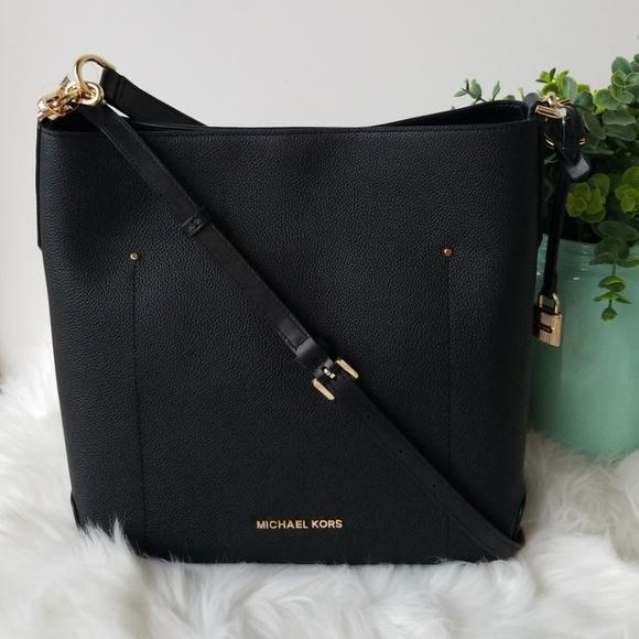 7355150a2f60 Michael Kors Bags   Black Large Bucket Shoulder Bag   Poshmark